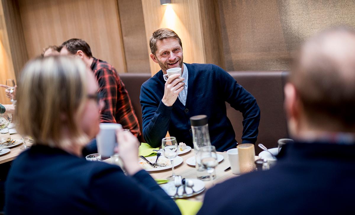 Kaffepause i studieprogrammet Executive Project Leadership Program