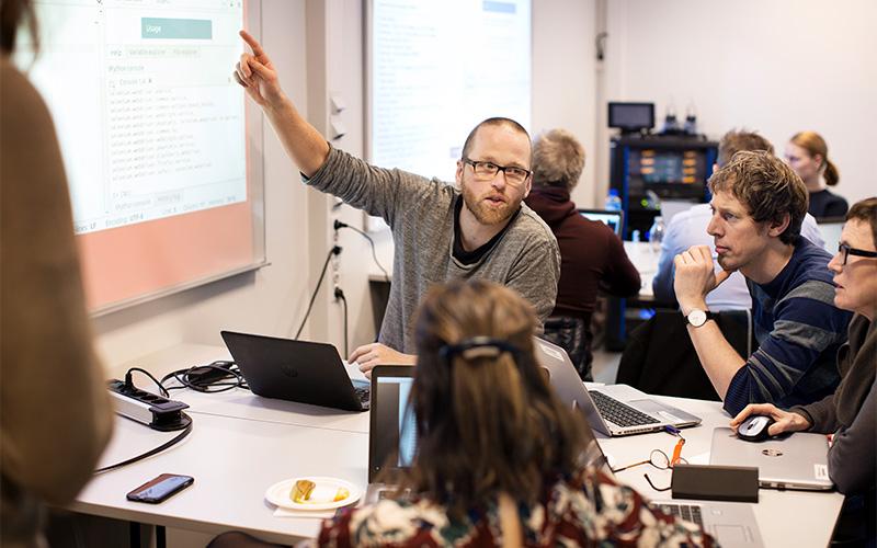 Lærer å forstå IT-bransjens språk
